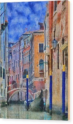 Morning Calm In Venice Wood Print by Jeff Kolker
