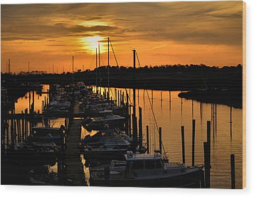 Wood Print featuring the photograph Morning Glow by Brian Hughes