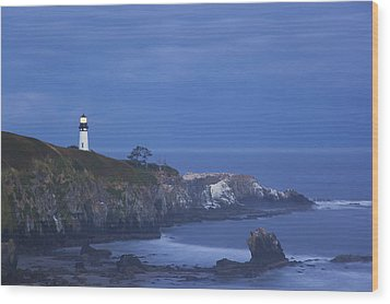 Morning Light Over Yaquina Head Wood Print by Craig Tuttle