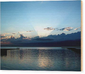 Morning Sunrise Storm Wood Print by Jonathan Lagace