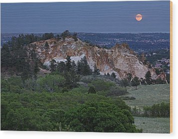 Mount Saint Francis And The Super Moon Wood Print by Andrew Serff