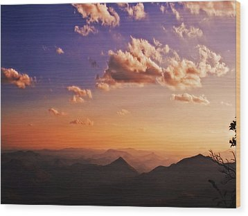 Mountain Sunset Wood Print by Susan Leggett