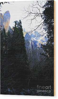 Mountains Of Yosemite . 7d6214 Wood Print by Wingsdomain Art and Photography