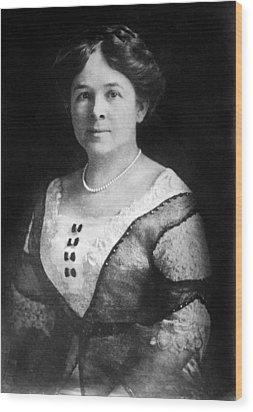 Mrs. Henry Ford, Nov 24, 1915 Wood Print by Everett