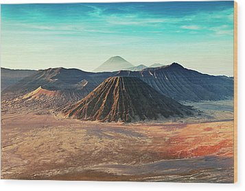 Mt. Bromo, Indonesien Close-up Wood Print by Daniel Osterkamp