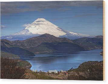 Wood Print featuring the photograph Mt.fuji And Lake Ashinoko-ii by Tad Kanazaki