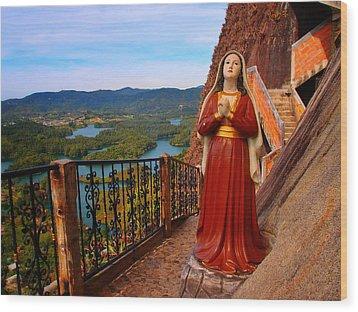 Mujer De La Piedra Wood Print by Skip Hunt