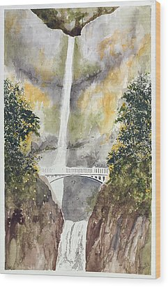 Multnomah Falls Wood Print by Jean Moule