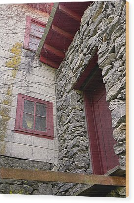 Mystery Of The Red Door Wood Print by Sandi OReilly
