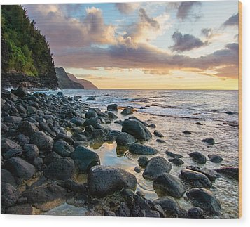 Na Pali Sunset Wood Print by Adam Pender