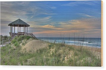 Nags Head Gazebo Wood Print by Brad Scott