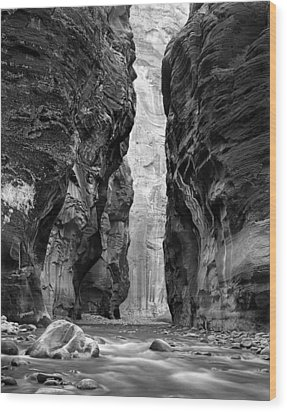 Narrows Of The Virgin River Wood Print by Nathan Mccreery