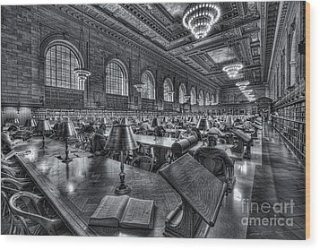 New York Public Library Main Reading Room Vi Wood Print by Clarence Holmes