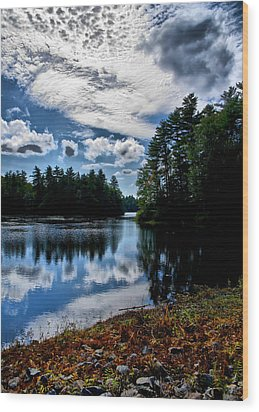 Wood Print featuring the photograph Nh Lake 2 by Edward Myers