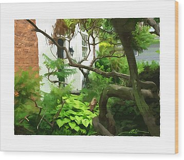 Niagara On The Lake Courtyard Wood Print by Bob Salo