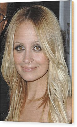 Nicole Richie  At Arrivals Wood Print by Everett