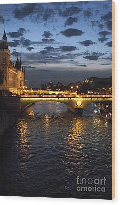 Night Fall Over The Seine Wood Print by Shawna Gibson