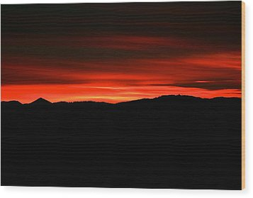 Night On Fire Wood Print by Kevin Bone
