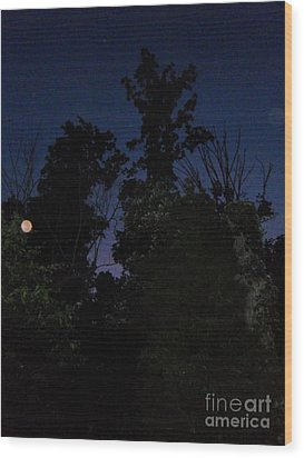 Night Welcomes Day Wood Print by Doug Kean