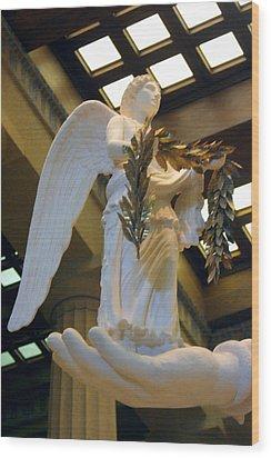 Nike Goddess Of Victory Wood Print by Linda Phelps