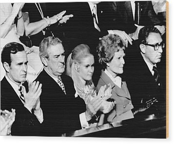 Nixon Family And Administration Listen Wood Print by Everett