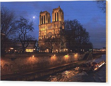 Notre Dame By Full Moon Wood Print