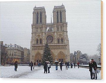 Notre Dame Christmas Paris Wood Print by Amelia Racca