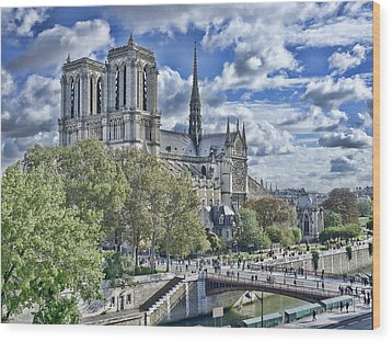 Wood Print featuring the photograph Notre Dame by Hugh Smith