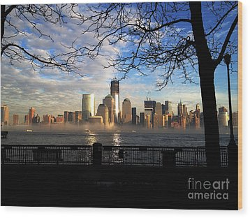 Wood Print featuring the photograph Nyc Fog by Thanh Tran