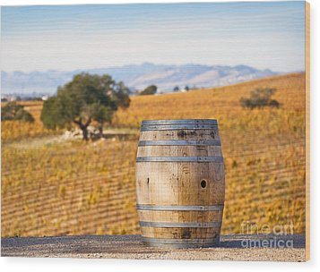 Oak Barrel At Vineyard Wood Print by David Buffington