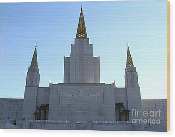 Oakland California Temple . The Church Of Jesus Christ Of Latter-day Saints . 7d11326 Wood Print by Wingsdomain Art and Photography