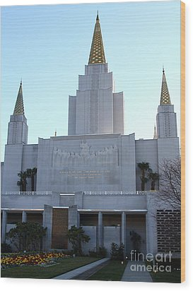 Oakland California Temple . The Church Of Jesus Christ Of Latter-day Saints . 7d11327 Wood Print by Wingsdomain Art and Photography