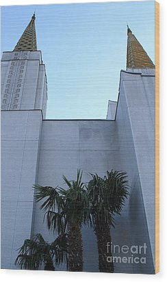 Oakland California Temple . The Church Of Jesus Christ Of Latter-day Saints . 7d11331 Wood Print by Wingsdomain Art and Photography