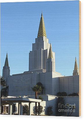 Oakland California Temple . The Church Of Jesus Christ Of Latter-day Saints . 7d11374 Wood Print by Wingsdomain Art and Photography