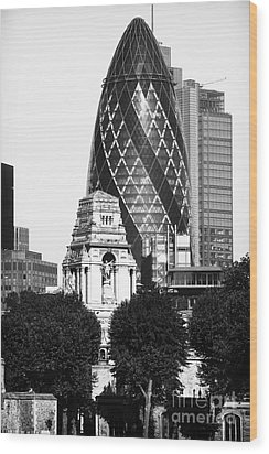 Old And New In London Wood Print by John Rizzuto