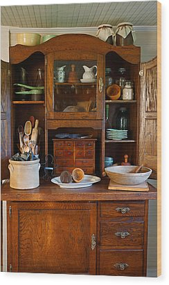 Old Bakers Cabinet Wood Print by Carmen Del Valle
