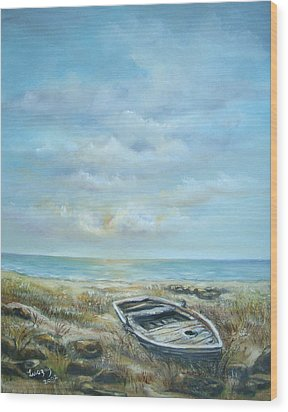 Old Boat Beached Wood Print