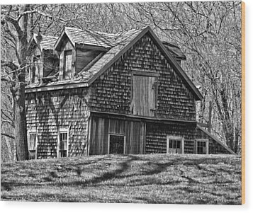Wood Print featuring the photograph Old House In Adamsville Ri by Nancy De Flon