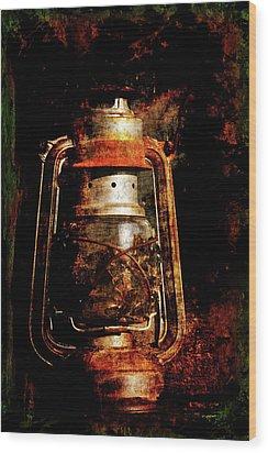 Old Lantern Wood Print by Li   van Saathoff
