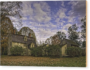 Old Manse In Autumn Glory Wood Print by Jose Vazquez