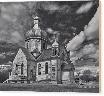 Old Prairie Church And Storm Front Wood Print by Royce Howland