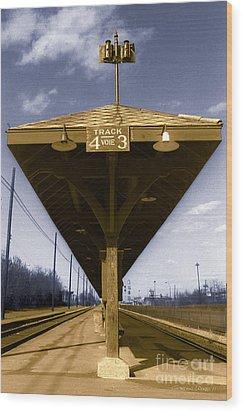 Old Railway Platform Wood Print by Gordon Wood