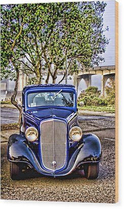Old Roadster - Blue Wood Print by Carol Leigh