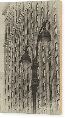 Wood Print featuring the photograph Old Tyme Ny by Vicki DeVico