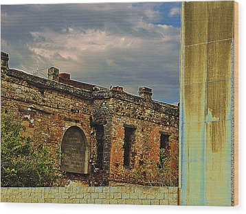 Wood Print featuring the photograph On A Downtown Street In Southwest Texas by Louis Nugent