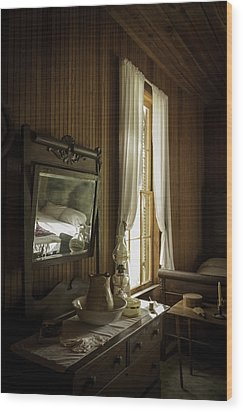 One Woman's Life Wood Print by Lynn Palmer