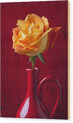 Orange Rose In Red Pitcher Wood Print by Garry Gay
