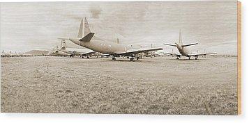 Orion P-3s Amarc - Tucson Wood Print by Jan W Faul