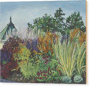 Ornamental Grasses In Longfellow Gardens Wood Print by Christina Plichta