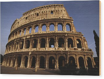 Outside Of The Collosseum, Rome, Italy Wood Print by Paul Chesley